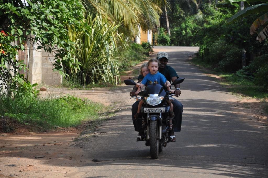 A + E fahren Motorrad
