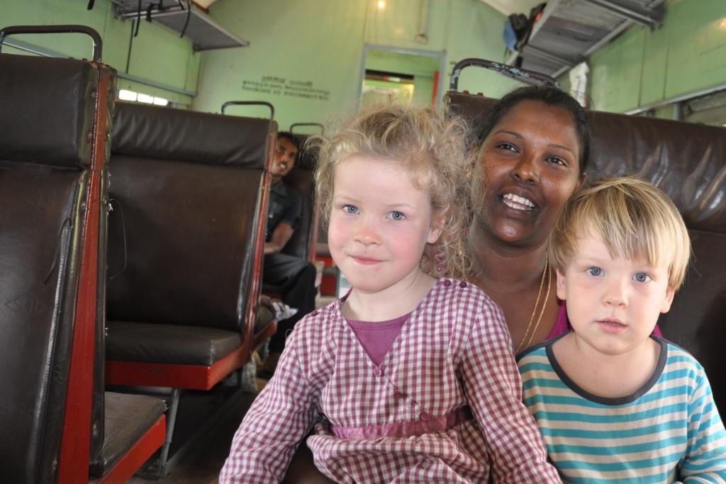Anouk Elia fremde Mama im Zug