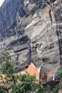 Aufstieg Spiegelwand und Wendeltreppe